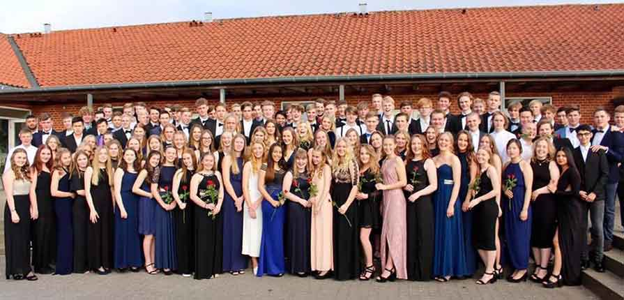gallafest for eleverne på Tirstrup Idrætsefterskole