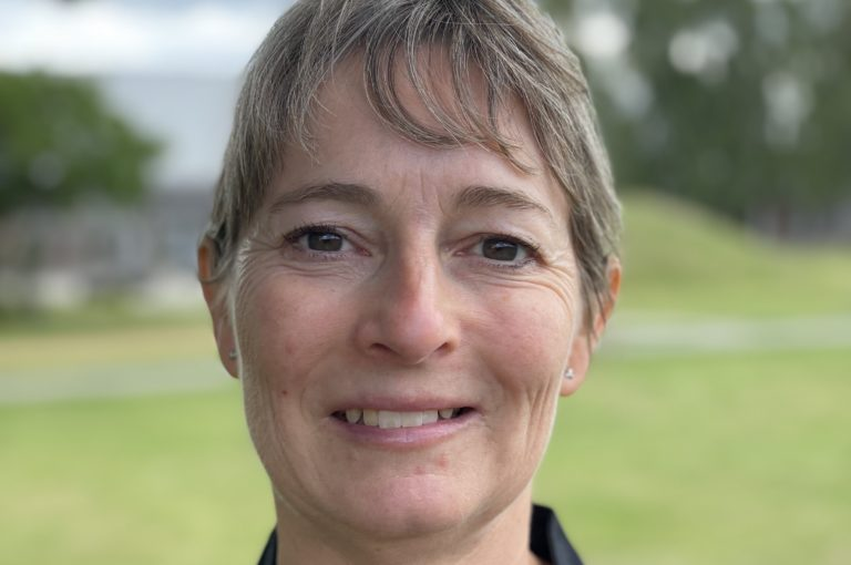 Tina Bech, køkkenassistent på Tirstrup Idrætsefterskole